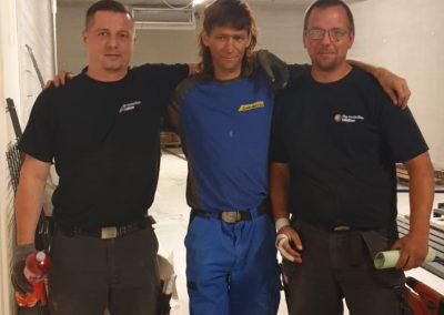 Unsere Mitarbeiter auf der Baustelle vor Ort.